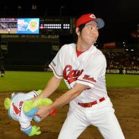 Maeda dominant in win over Dragons