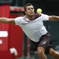 Tsonga beats Monfils to make triumphant start at Japan Open