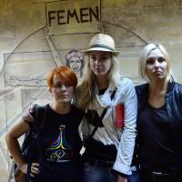 Femen founders leave Ukraine fearing for lives