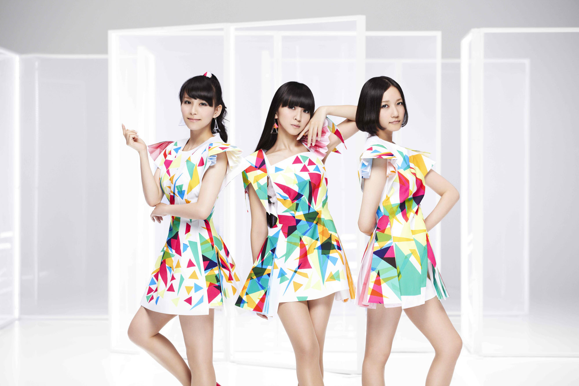 Perfume Dances To No 1 With Hard Edged New Album Level3