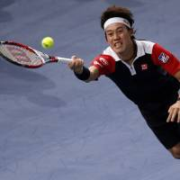 Nishikori bestsTsonga in Paris