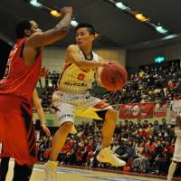 Stellar start: Akita Northern Happinets point guard Yuki Togashi is averaging a league-best 7.7 assists through seven games for the unbeaten Eastern Conference squad. | AKITA NORTHERN HAPPINETS/BJ-LEAGUE