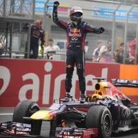 India win hands Vettel fourth straight world title