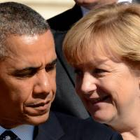 German leader calls Obama about alleged cellphone tapping