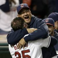 Francona, Hurdle named MLB managers of year