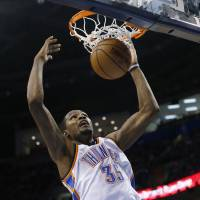 Durant leads Thunder past Clippers