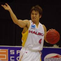 Shining light: Sendai 89ers point guard Takehiko Shimura is third in the bj-league in assists (6.4 per game). | HANA SUZUKI