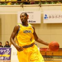 Veteran presence: Takamatsu's Dexter Lyons leads the team in scoring (16.1 points per game). | KATSUTOSHI NISHIYAMA
