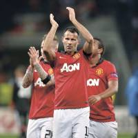 United's Giggs still sharp at age 40