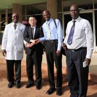 Fukui orthopedic surgeon helps tackle doctor shortage in Africa