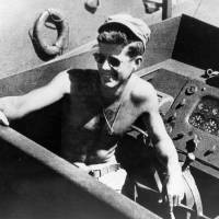 Last man of crew who rescued Kennedy dies