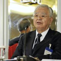 Ties with China on mend, Keidanren chief says