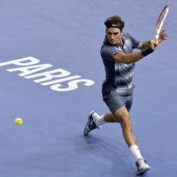 Nole, Roger set for semis