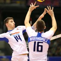 Italy volleyball team puts on clinic against Japan