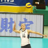 Stellar performance: Jordan Larson-Burbach of the United States finishes with a 20 points, tying teammate Kelly Murphy for the match-high total on Wednesday   FIVB