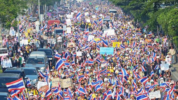 Thai prime minister dissolves parliament, calls elections amid protests