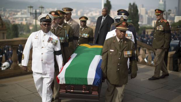 Mandela's body arrives for public viewing