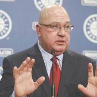 Mariners GM Zduriencik fires back at Wedge