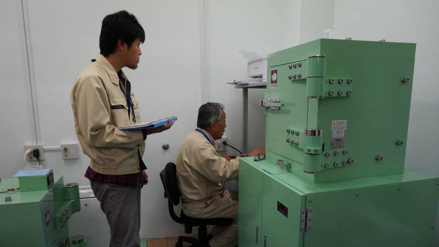 Under scrutiny: Researchers at the Marine Ecology Research Institute in Chiba Prefecture shows how radiation levels of fishery product samples are tested by germanium semiconductor detectors on Dec. 10.