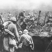 Strike force: French soldiers move in from their trenches during an attack at the Battle of Verdun, in eastern France, in 1916. | AFP-JIJI