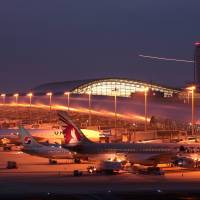 Kansai airport luring budget carriers