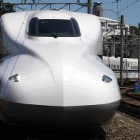 JR Tokai bullet trains may run faster in 2015