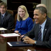 Web wizards: President Barack Obama meets technology executives in the Roosevelt Room of the White House in Washington on Tuesday. From left are: Mark Pincus, founder, chief product officer and chairman of Zynga, and Marissa Mayer, president and CEO of Yahoo. | AP