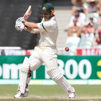 Aussies take commanding lead in second test