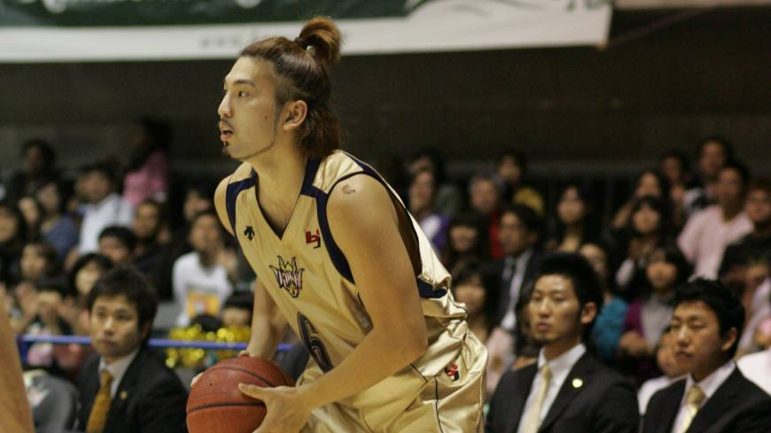 Every contribution helps: Veteran guard Shigeyuki Kinjo, seen in this file photo, is averaging 6.4 points per game and has helped the Ryukyu Golden Kings race out to a 23-3 record to start the season. With 28 steals, Kinjo is one of seven Kings who have collected 20 or more to date.