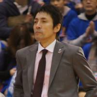 Solid start: Koju Munakata has guided the Aomori Wat's, a first-year franchise, to a 12-14 record in the first half of the bj-league season. | TAKASHI SATO
