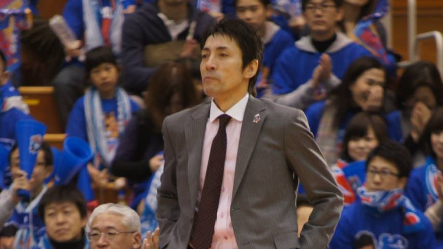 Solid start: Koju Munakata has guided the Aomori Wat's, a first-year franchise, to a 12-14 record in the first half of the bj-league season.