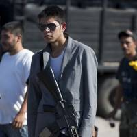 Mexican forces face off with militias