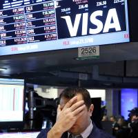 Fear of slowing growth pushes down global markets