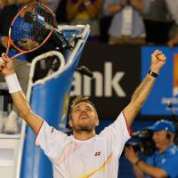 Wawrinka stuns injured Nadal to win Australian Open