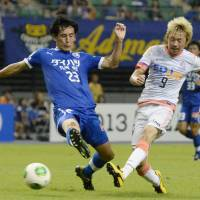 Third time lucky: Naoki Ishihara will be looking to help defending champions Sanfrecce Hiroshima win a third straight J. League title when the new season kicks off on Saturday. | KYODO