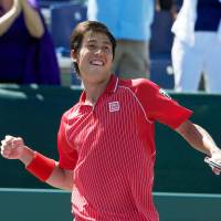 Nishikori ousts Ferrer, set to face Federer in Sony Open quarterfinals