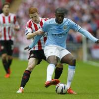 City fights back to beat Sunderland in League Cup final
