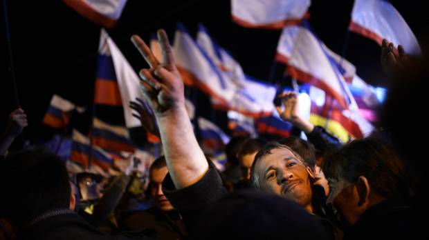 Crimeans overwhelmingly vote for secession; West prepares Russian sanctions