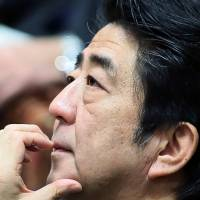 Abe, Obama agree Ukraine's sovereignty must be respected