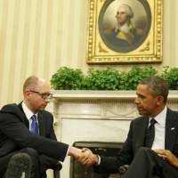 U.S. President Barack Obama hosts Ukrainian Prime Minister Arseniy Yatsenyuk in the Oval Office of the White House on Wednesday. | AFP-JIJI