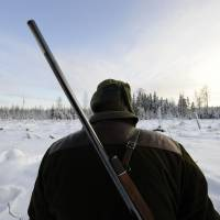 A Swede takes part in a wolf hunt near Kristinehamn. | AFP-JIJI