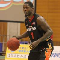 Solid contributions: Osaka Evessa guard D'Andre Bell is averaging a team-best 14.9 points per game since making his season debut on Feb. 1. | HIROKO IWASA
