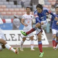 New signings get Marinos off to winning start