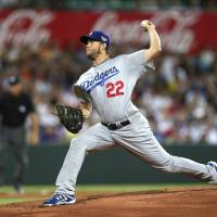 Kershaw, Dodgers top Diamondbacks in Australian opener
