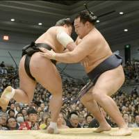 Yokozuna council recommends Kakuryu for promotion