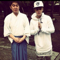 Social media reacts to Justin Bieber's Yasukuni visit