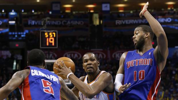 Thunder's Durant pours in 42 points in season finale