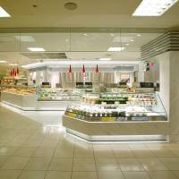 Varied menu: The counters at depachika (department-store basements) offer a diverse selection of Japanese and international dishes.   ROCK FIELD CO.