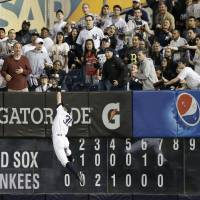 Yankees beat rival Red Sox