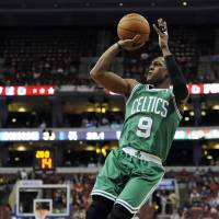Outlook grim for Celtics following tough season